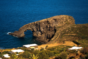 Pantelleria - Arco dell'elefante